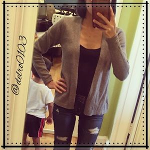 🆕 Listing!❣️Old Navy open gray cardigan❣️